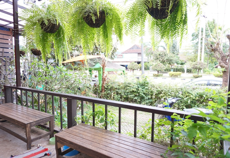 Baan Chanbhu, Dan Sai, Lobby Sitting Area