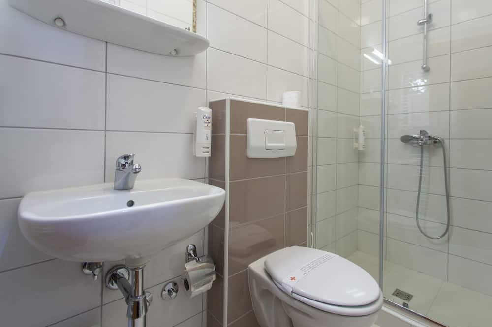 Triple Room, Terrace - Bathroom