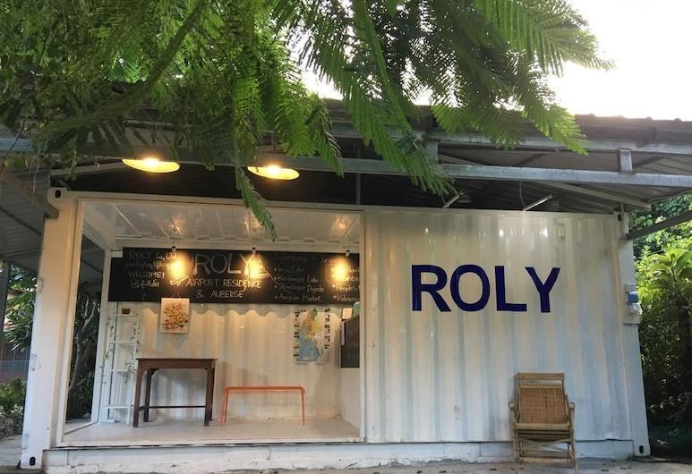Roly Airport Residence, Янґон, Реєстрація