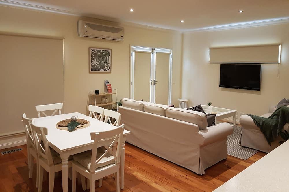 Luxe huis, 2 slaapkamers - Eetruimte in kamer