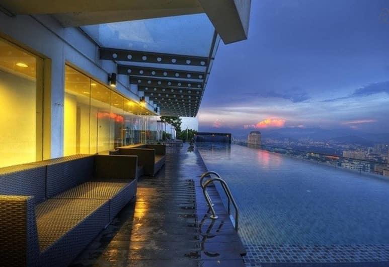 Amazing Rooftop View at Regalia KL, Kuala Lumpur, Rooftop Pool