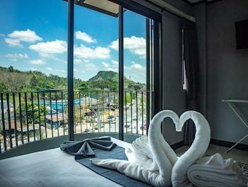 Bilde av The Moon Night Ao nang Hotel i Krabi