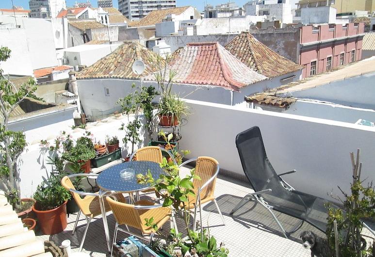 Guest House Capitão Mor, Faro, Terasa