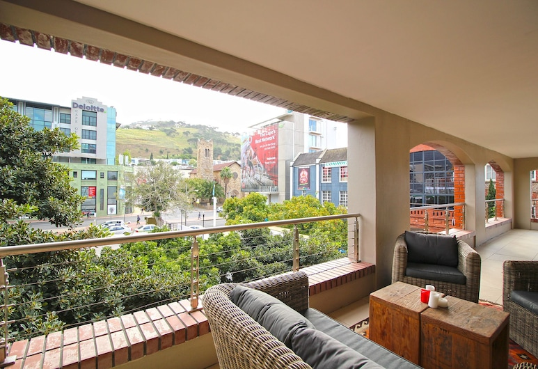 Rockwell 214, Cape Town, Comfort Apartment, 2 Bedrooms, City View, Balcony