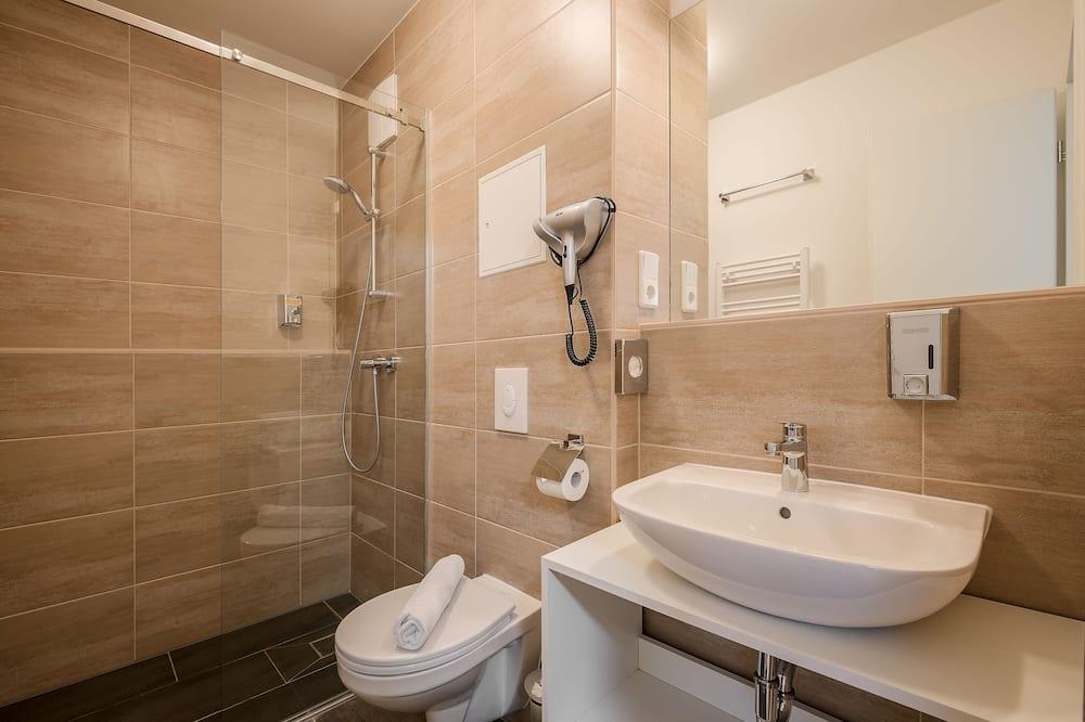 Standard Single Room (2) - Bathroom