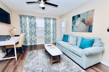 Picture of Beautiful Deluxe Clearwater Apartment CP- 803 in Clearwater