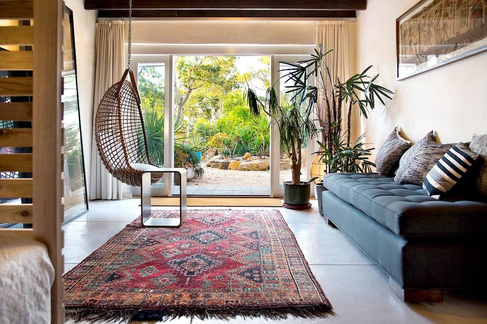 Hus – romantic, 2 soverom, utsikt mot hage - Oppholdsområde