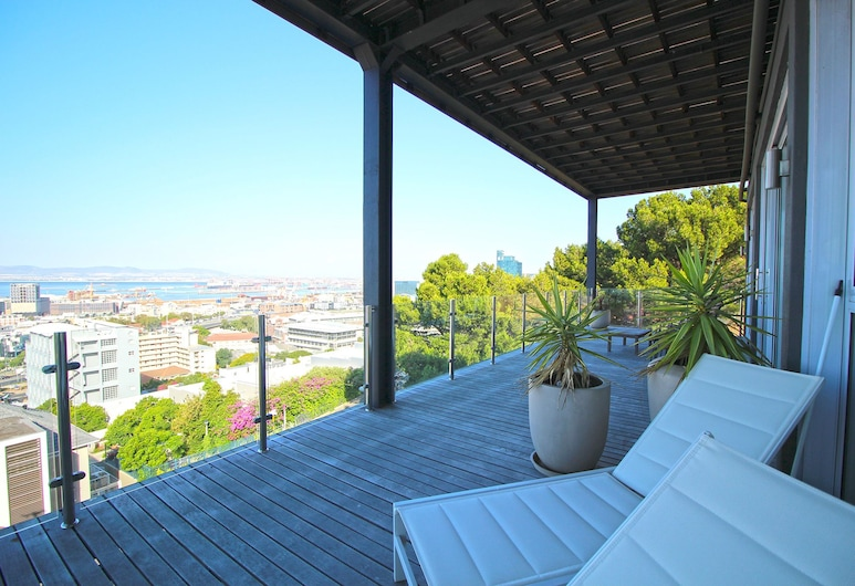 High Level 1, Cape Town, Comfort Apartment, 2 Bedrooms, City View, Balcony
