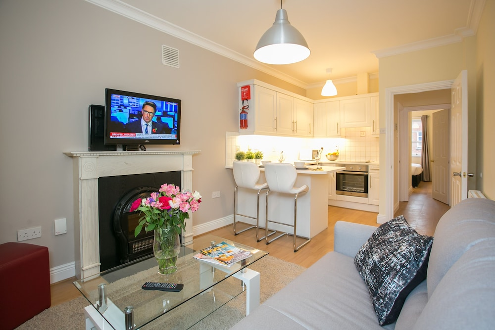 Great Dublin Castle City Apartments, Dublin