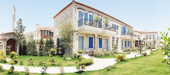 Picture of Igdeli Han Hotel in Cesme