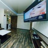 Appartement (Lesi Ukrainki Boulevard 16) - Woonkamer