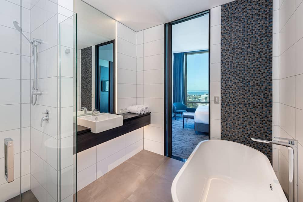 Suite, 2Schlafzimmer, Nichtraucher - Badezimmer