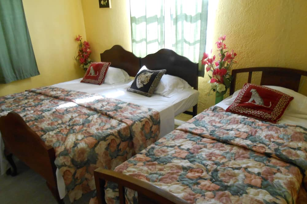 Shared Dormitory, Women only, Shared Bathroom (Single Bed per person) - Guest Room