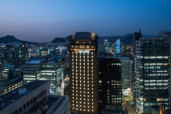 在首尔的南大门艾纳套房酒店照片