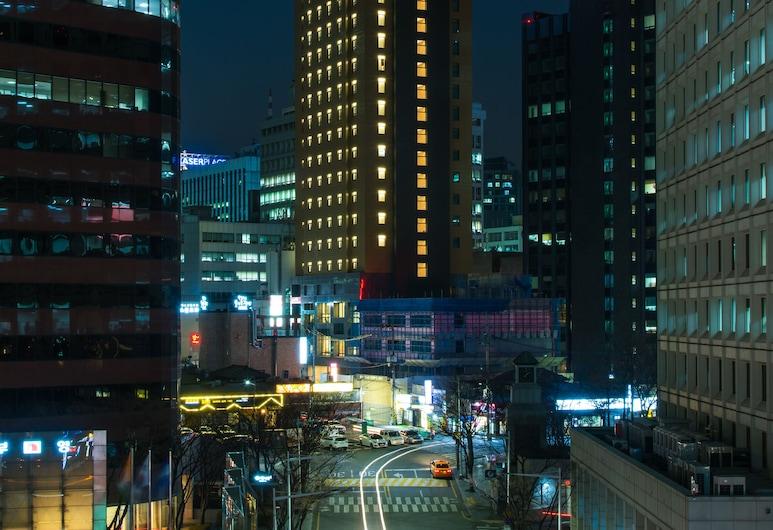 エナ スイート ホテル ナンデムン, ソウル, ホテルのフロント - 夕方 / 夜間