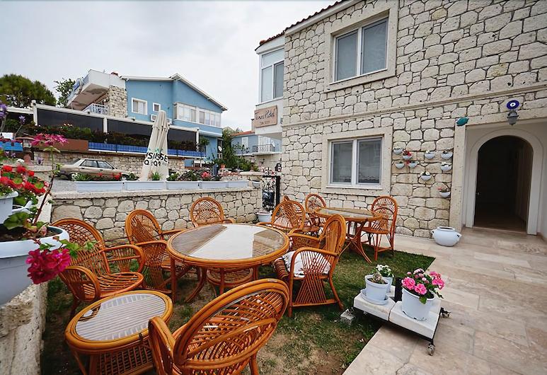 Tinas Hotel, Çeşme, Açık Havada Yemek