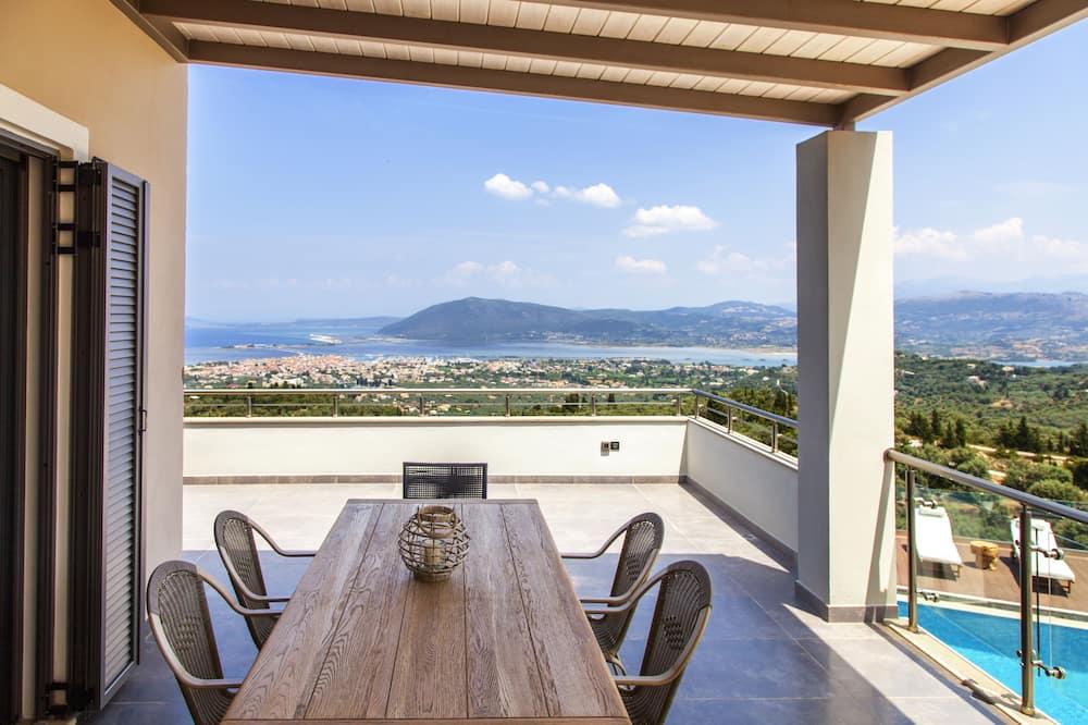Villa (Melia) - Balcony