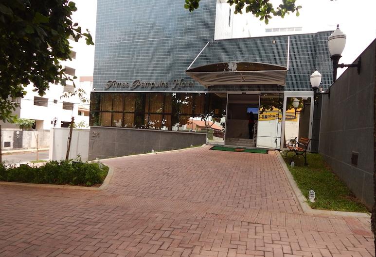 프리마스 팜플하 호텔, 벨루 오리존치, 호텔 정면