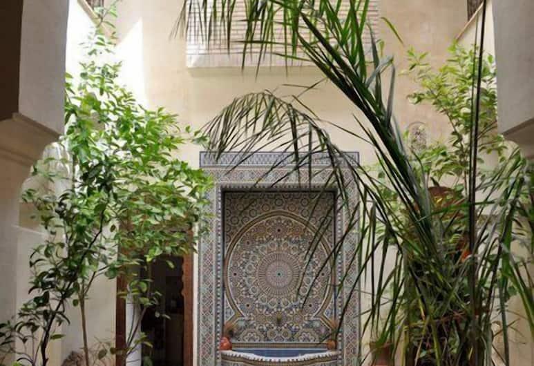 Nadir Home Riad, Marrakech, Hall
