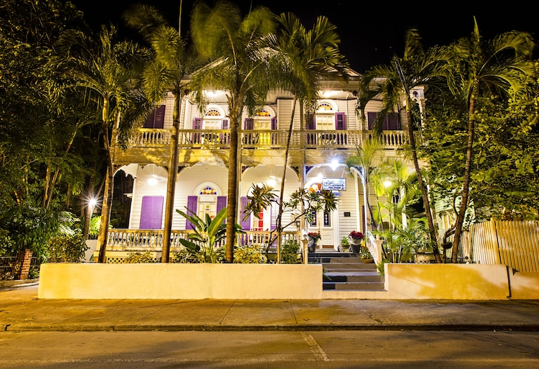 Marrero's Guest Mansion, Key West, Hotel Front – Evening/Night