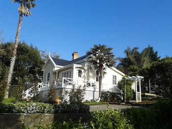 Foto del Harbour View Cottage B&B en Auckland