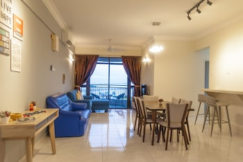 Picture of Panoramic 180 Cozy Suite by D Imperio Homestay in Penang