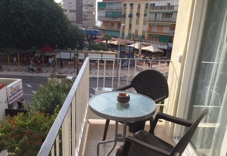 Recently Refurbished Center Apartment, Benidorm, Terrace/Patio