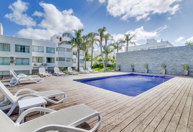 Luminoso apartamento moderno con piscina compartida, Punta del Este, Outdoor Pool