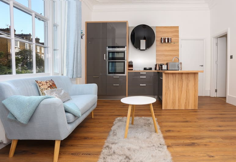 2 Bed Apartment in the Heart of Camden, London