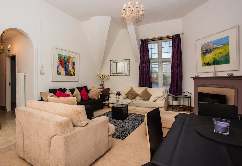 Comfortable Bright & Spacious 2 Bed Central London, London, Apartment, 2 Schlafzimmer, Wohnzimmer