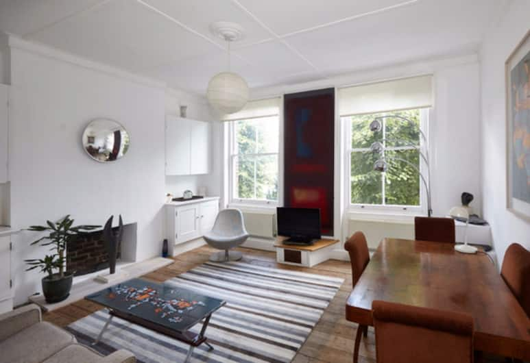 Stunning 3 Bed Home In Kentish Town, London