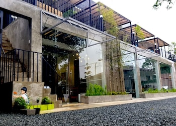 Picture of Containers by Eco Hotel Tagaytay in Tagaytay