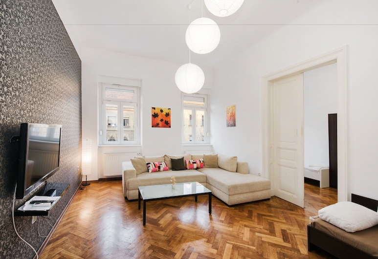Tia Apartments and Rooms, Zagreb, Apartment, 2 Bedrooms, Living Area