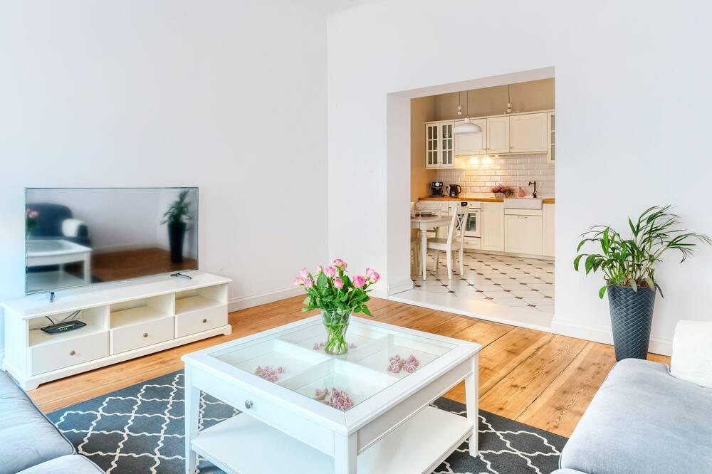 ファミリー アパートメント 2 ベッドルーム キッチン - リビング ルーム