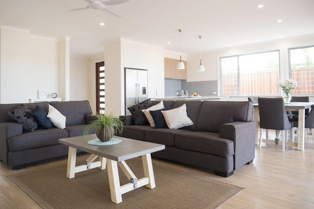 House, 4 Bedrooms - Bilik Rehat