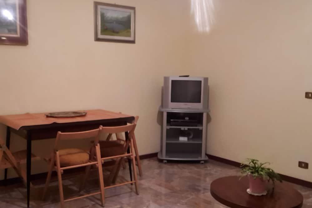 Superior kamer, 1 slaapkamer, niet-roken, gemeenschappelijke badkamer - Woonruimte