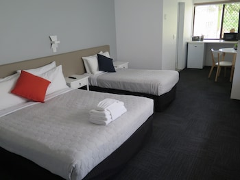 Picture of Gold Coast Inn  in Surfers Paradise