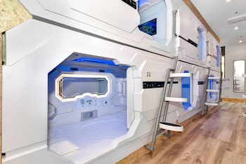 Picture of Space Q Capsule Hotel in Haymarket