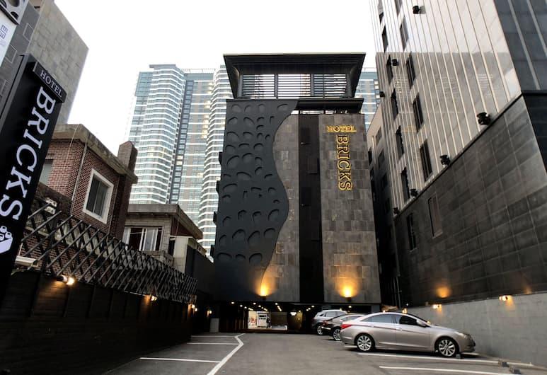 Hotel Bricks Haeundae, Busan, Bagian Depan Hotel - Sore/Malam