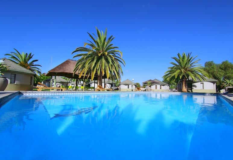 Kalahari Arms Hotel, Ghanzi, Außenpool