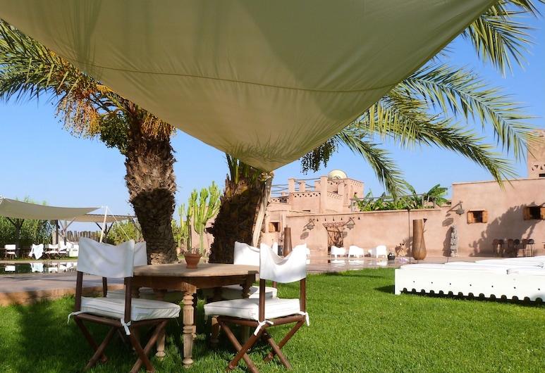 La Parenthese de Marrakech, Tameslouht, Ruokailutilat ulkona