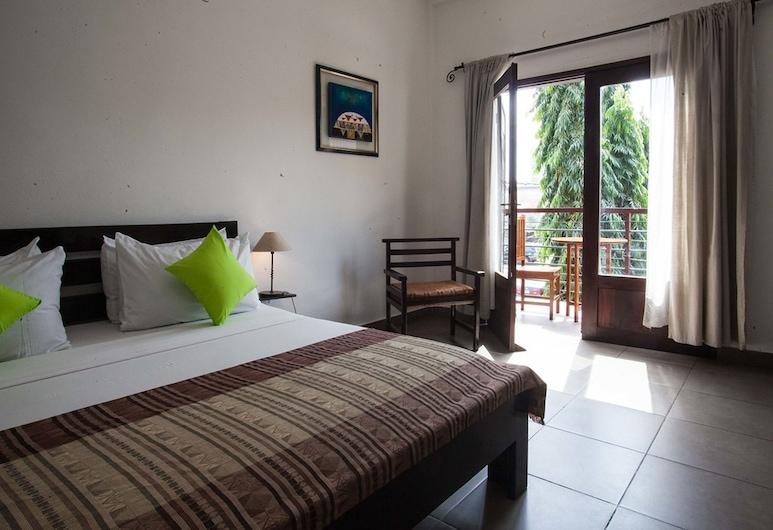 Ilewa Hotel, Cotonou, Classic Double Room, 1 Bedroom, Balcony, Guest Room