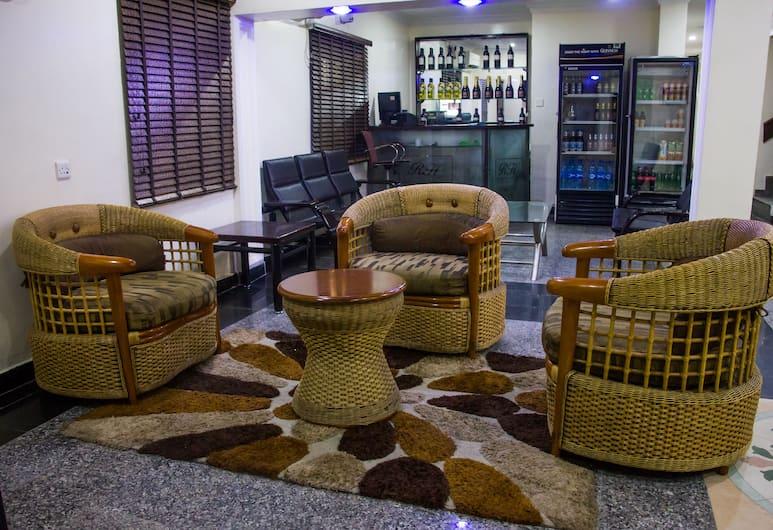 林布蘭德經典飯店, 拉各斯, 飯店內酒廊