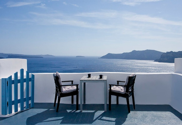 Aspa Villas Suites, Santorini, Traditional Studio (Caldera View), Terrace/Patio