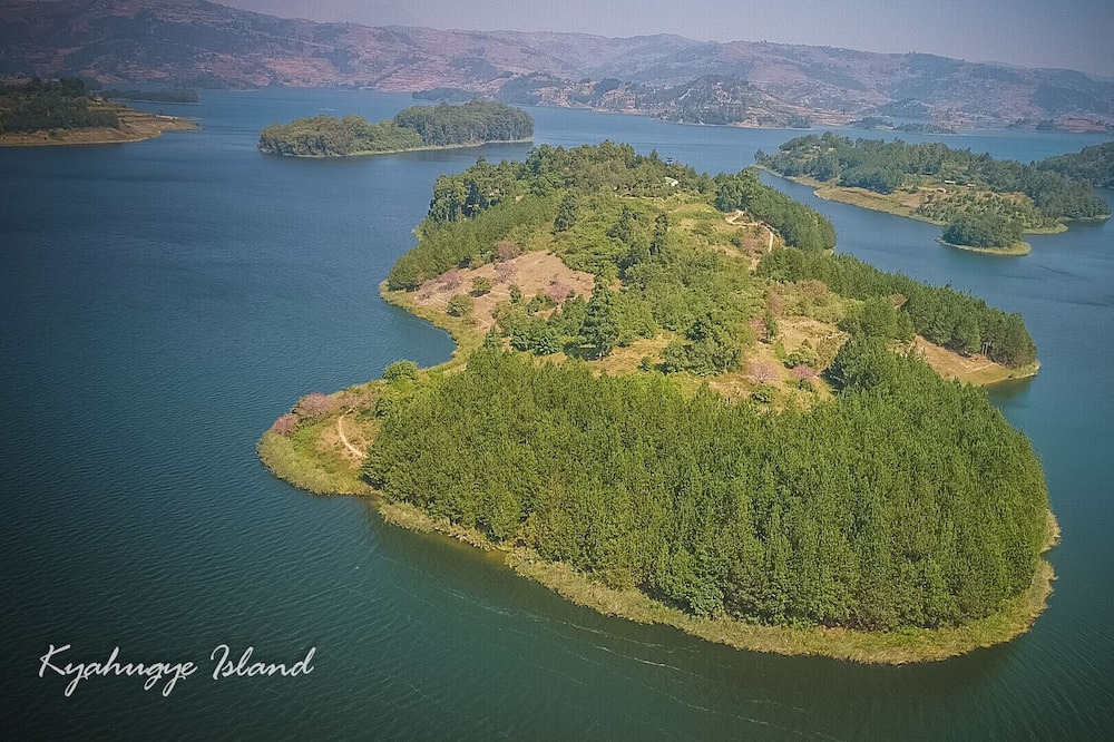 Lake Bunyonyi Eco Resort