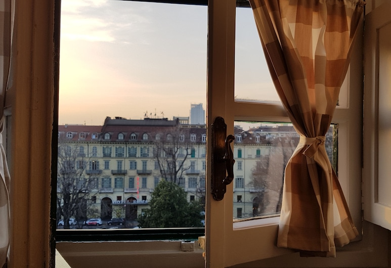 Bin Ciapa, Turin, Apartment, 1 King Bed with Sofa bed, City View, View from room