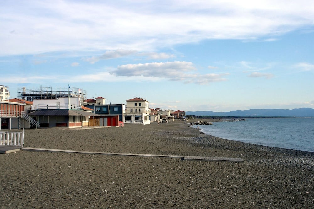 Yacht Suite Cecina, Cecina