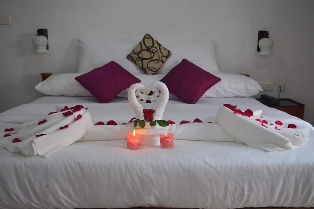 ห้องลักซ์ชัวรี่สวีท, เตียงใหญ่ 1 เตียง - ห้องพัก