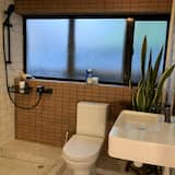 Design Room - Bathroom