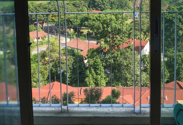 達曼薩拉佩達娜活躍開放式公寓飯店, 八打靈再也, 開放式客房, 陽台